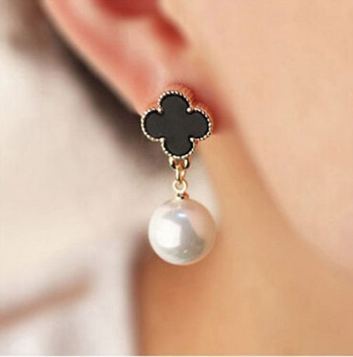 Primary image for Clover Earrings Alhambra 1-Motif Black White Gold Lucky Four Leaf Pearl Dangle