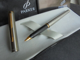 PARKER 95 fountain pen in steel and gold In gift box with garantee Original - $49.00