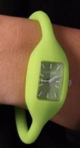 Rumbatime Mujer Grande Apple Verde Lafayette Cuarzo Analógico Silicona Reloj M