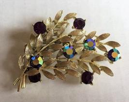 Vintage LISNER Signed Brooch Iridescent Purple Rhinestones Gold Tone Leaves Pin - $12.19