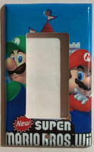 Super Mario Bros Luigi Castle Wii Light Outlet wall Cover Plate Home Decor image 3