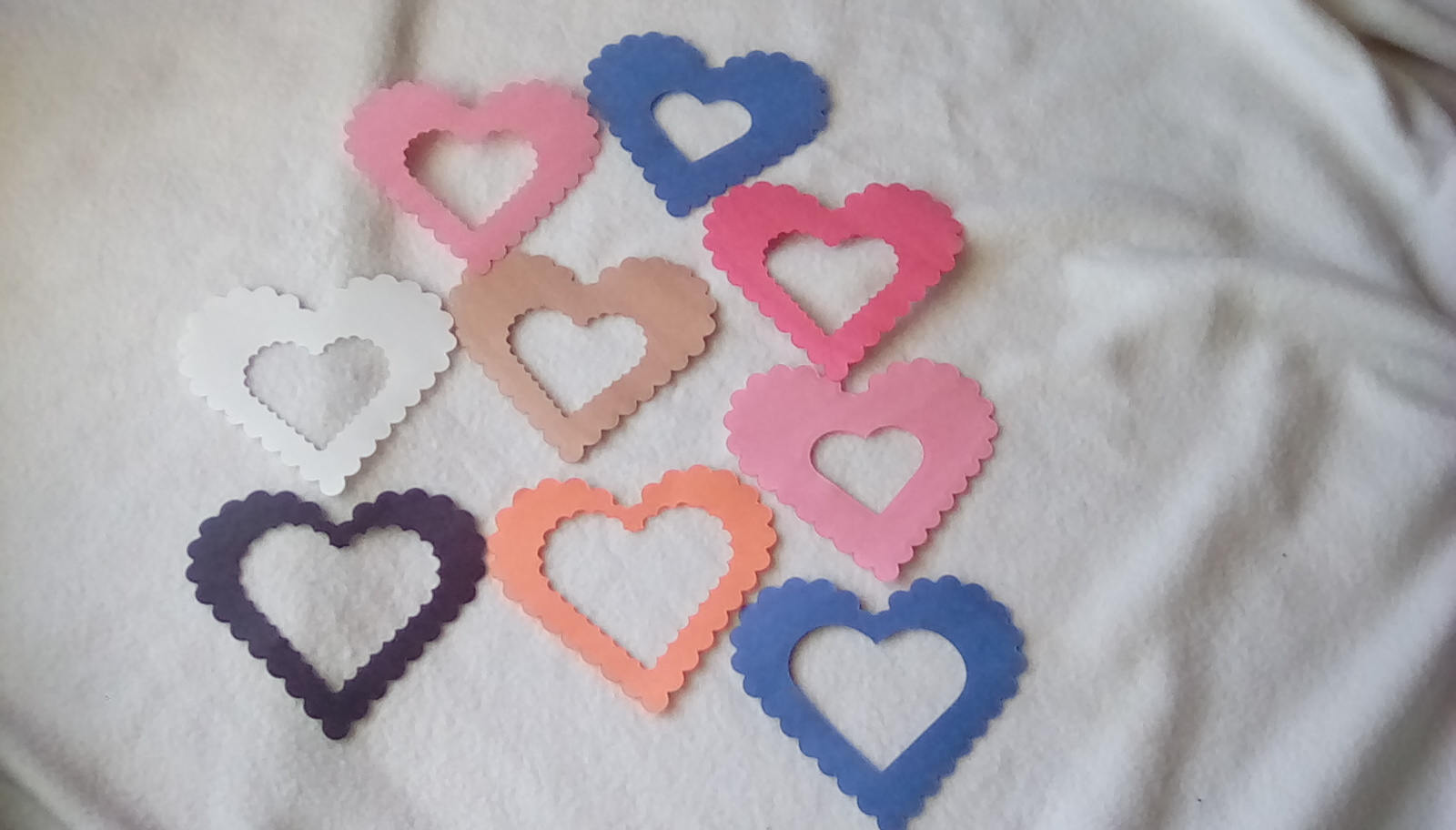750 Pieces Random Mix Die Cut Hearts-Valentine's Day-Construction Paper,Crafts,,