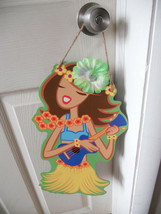 "WALL  BOARD HANGING PLAQUE CARDBOARD HULA GIRL 16.5""  X 9"" FUN - $5.52"