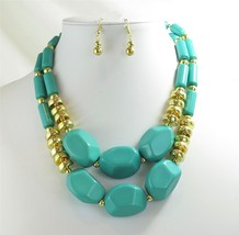 Chunky Turquoise Green Statement Necklace - £15.14 GBP