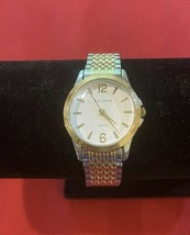Waltham Classics Ladies Gold/Silver Watch WTH52 - $23.27