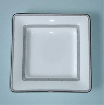 "Royal Doulton Silver Sonnet 8.75"" Square Accent Plate White & Platinum New - $16.90"