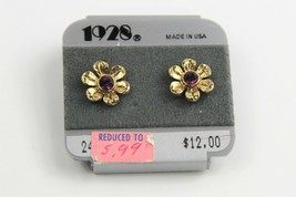 ESTATE VINTAGE Jewelry NOS ON CARD 1928 COMPANY FLOWER PIERCED EARRINGS - $8.00