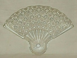 Fan Clear by Anchor Hocking Glass Snack Plate Daisy & Button Designs MCM - $16.82