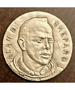 ALAN SHEPARD FIRST AMERICAN IN SPACE VINTAGE MEDALLION COIN MADE IN ITALY  - £3.60 GBP