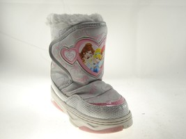 Disney Nala Silver Gray Size 9/10 Girls Princess Winter & Snow Boots image 2