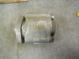LYNCH HYDRAULIC PUMP LA-1685-3 NEW image 3