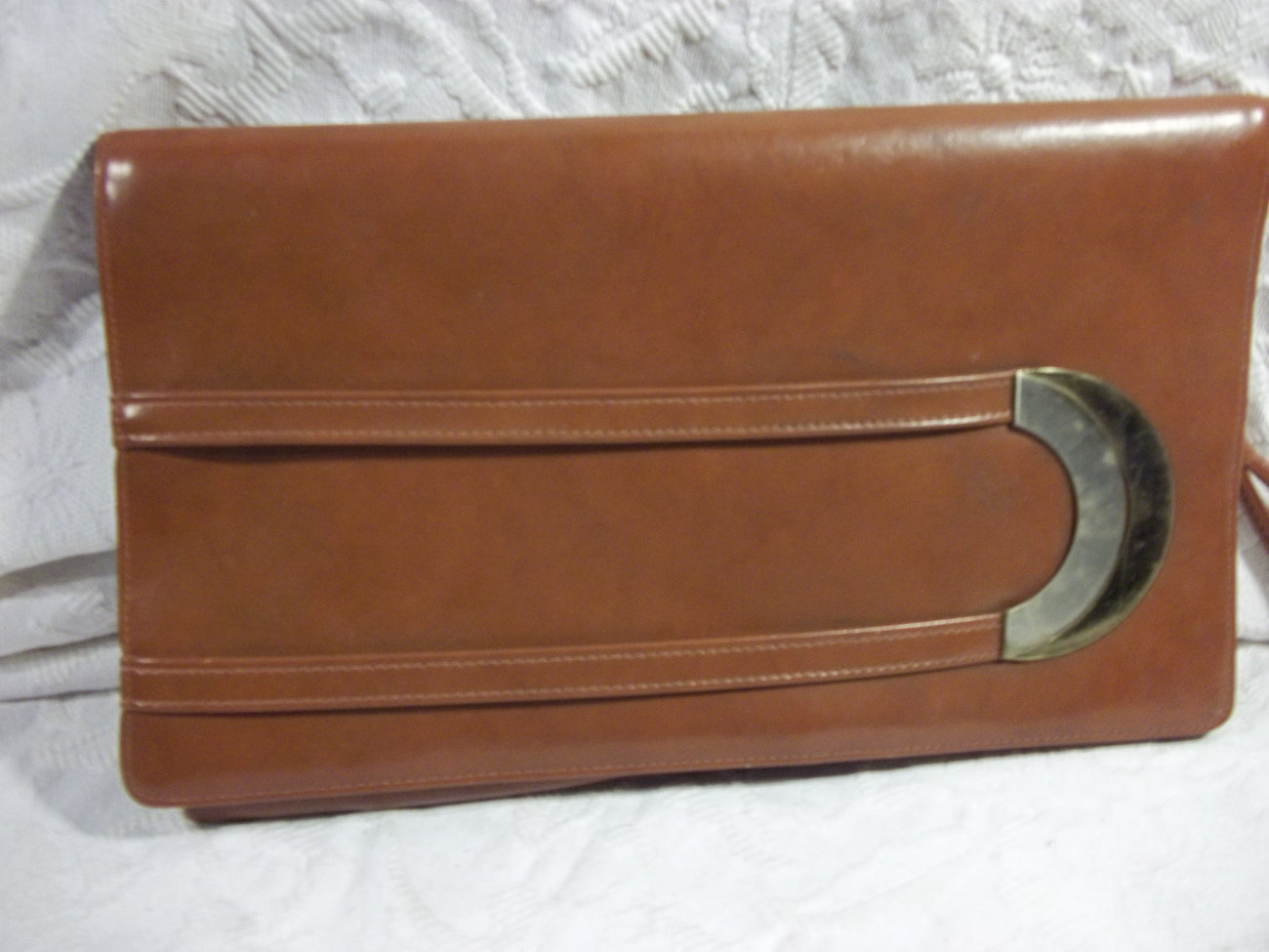 Vintage Brown Leatherette Clutch , Beautiful Buckle on Front - $28.00