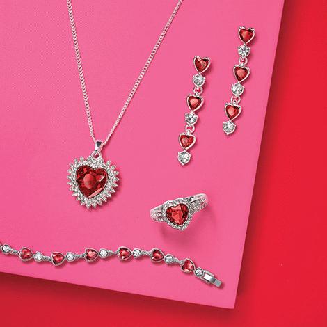 Avon Dazzling Heart Pendant Necklace