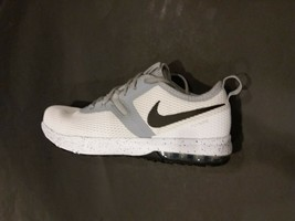 Nike FLY WIRE Men's Training  Shoes White/Wolf Grey AO3020 100 Sz 11.5 - $79.00