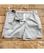 """Roundtree & Yorke Classic Fit Flat Front Cargo Shorts 8""""  Light Grey 44 - $24.74"""