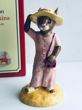 Royal Doulton Sightseer Bunnykins Millennium Figurine DB215 - $29.70