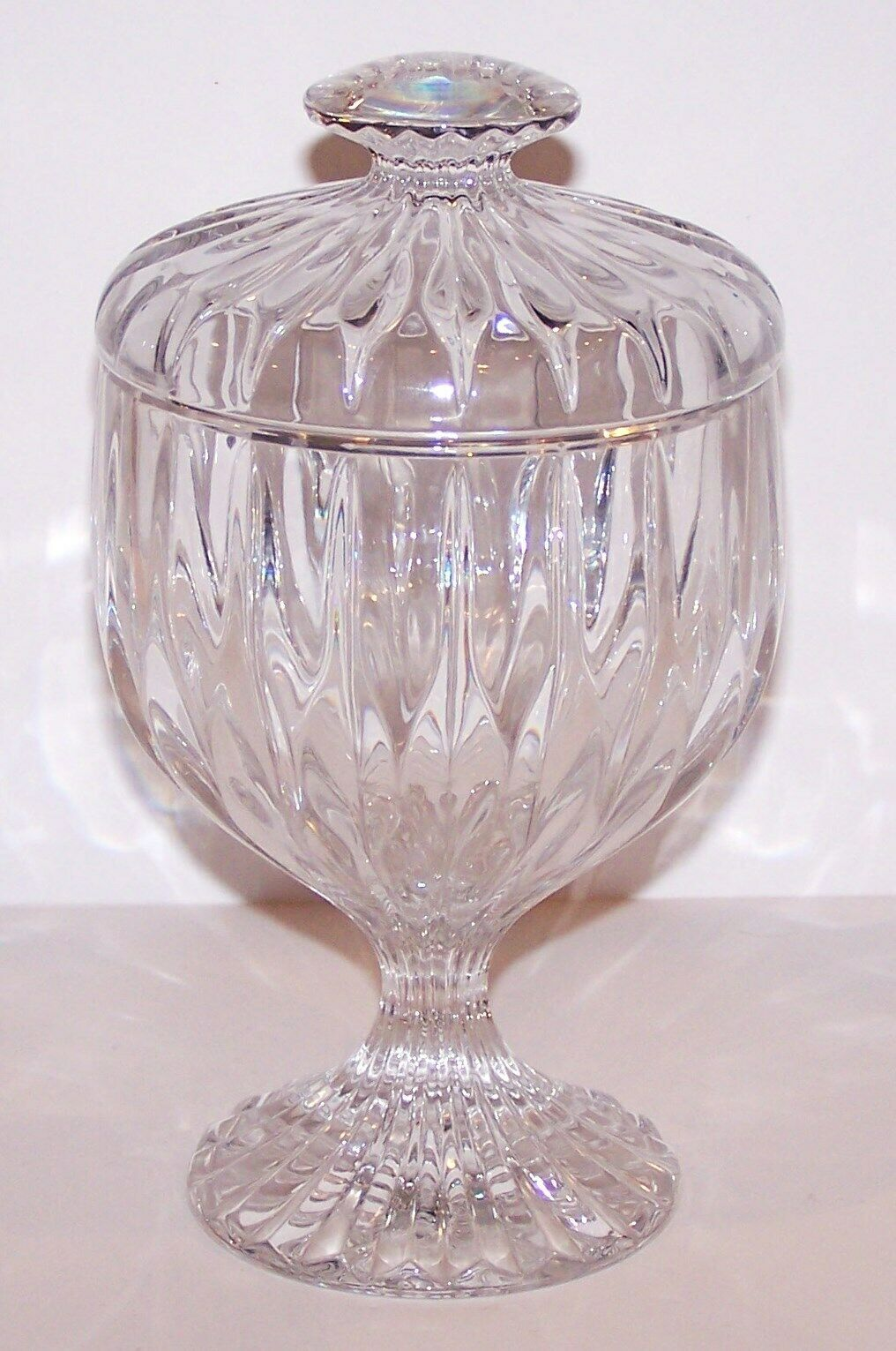 "Primary image for GORGEOUS MIKASA CRYSTAL PARK LANE 7 1/4"" FOOTED CANDY DISH  WITH LID"
