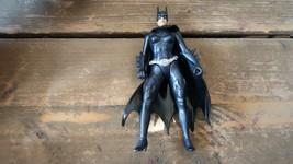 Vintage 1997 Kenner Batwoman Figurine Articulée - $10.38