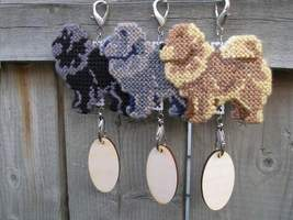 Chow Chow dog crate tag or hang it anywhere, handmade, multiple colors a... - $19.00