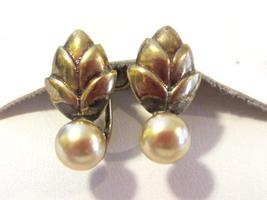 Vintage jewelry Gold Filled faux pearl screw back earrings - $12.00