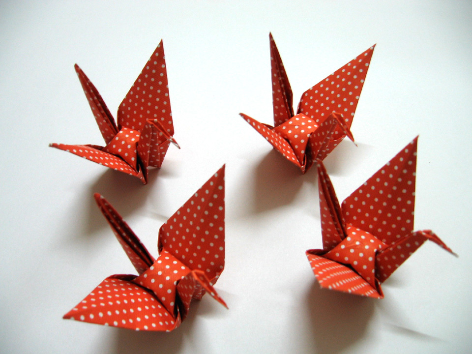 "100 pcs Large Polka Dot Origami Cranes Made From Paper Size 5"" x 5"""