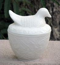 VTG 1970s Avon Milk Glass Nesting Dove Candle Holder  - $9.99