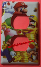 Super Mario Luigi & Coin Light Switch Duplex Outlet wall Cover Plate Home decor image 4