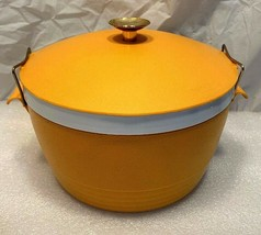 "Vintage Orange SunFrost Therm-O-Ware Covered Insulated 7.75"" Bowl w/ Loc... - $14.84"