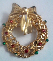 Vintage Signed Danecraft Wreath with Ornaments & Bow Pin Brooch - $2.85