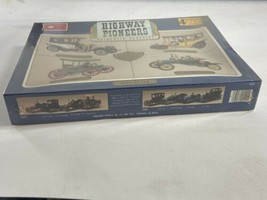SEALED Highway Pioneers Authentic Classics Circa 1907-1910 MINICRAFT Kit #1502 - $39.59