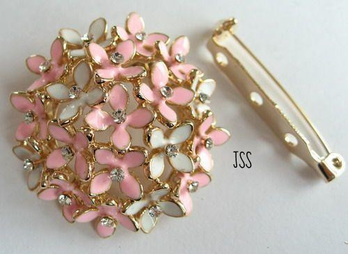 Jss pink and white blossom brooch 1