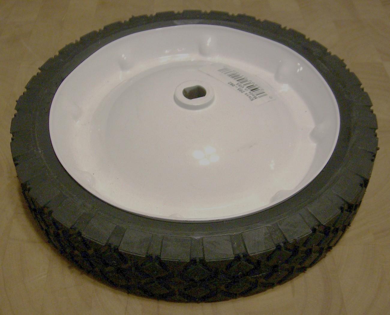 Snapper self propelled drive wheel tire 1-4604, 14604, 22801, 7012345, 7014604