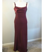 Formal Burgundy Long Gown With Rhinestones SZ M... - $57.00
