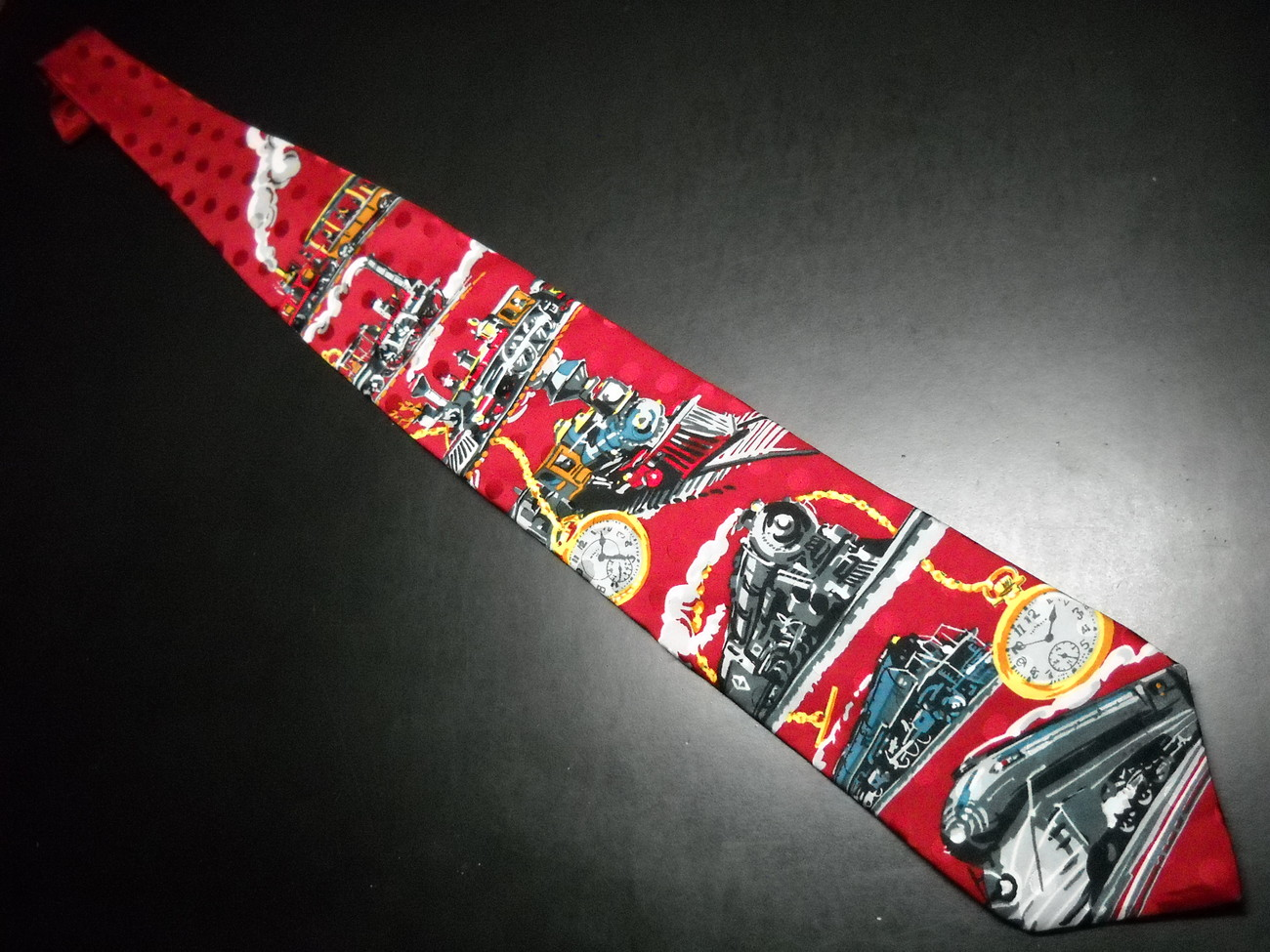 Ralph Marlin RM Style Neck Tie Time Of The Train 1994 Bright Reds Progression