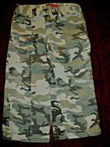 Bongo Girls Capri Pants Size 8 Camouflage Cropped Pants Embroider Casual... - $16.82