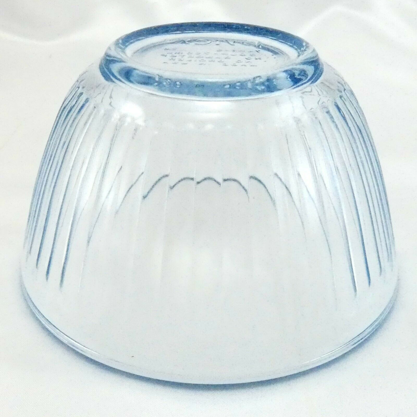 Pyrex 7401-S Ribbed Side Blue Aqua Tint Glass Serving Bowl 3 Cup image 3