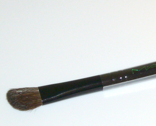 MAC 275 SE Eye Shadow Medium Angled Shading Brush Black MAC