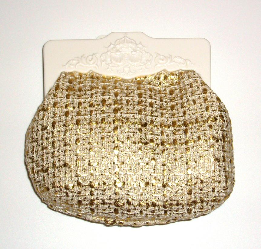 MAC COSMETICS CLUTCH MINI SMALL BAG ROYAL HEIRLOOMS - GOLD - $9.99