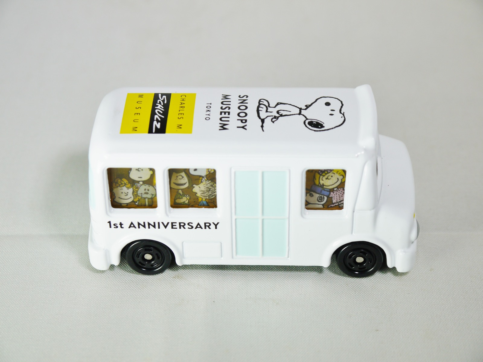 Takara Tomy Tomica Dream Snoopy Museum Tokyo And 50 Similar Items Diecast Truck No77 Hino Profia Original 1st Anniversary Die Cast Bus