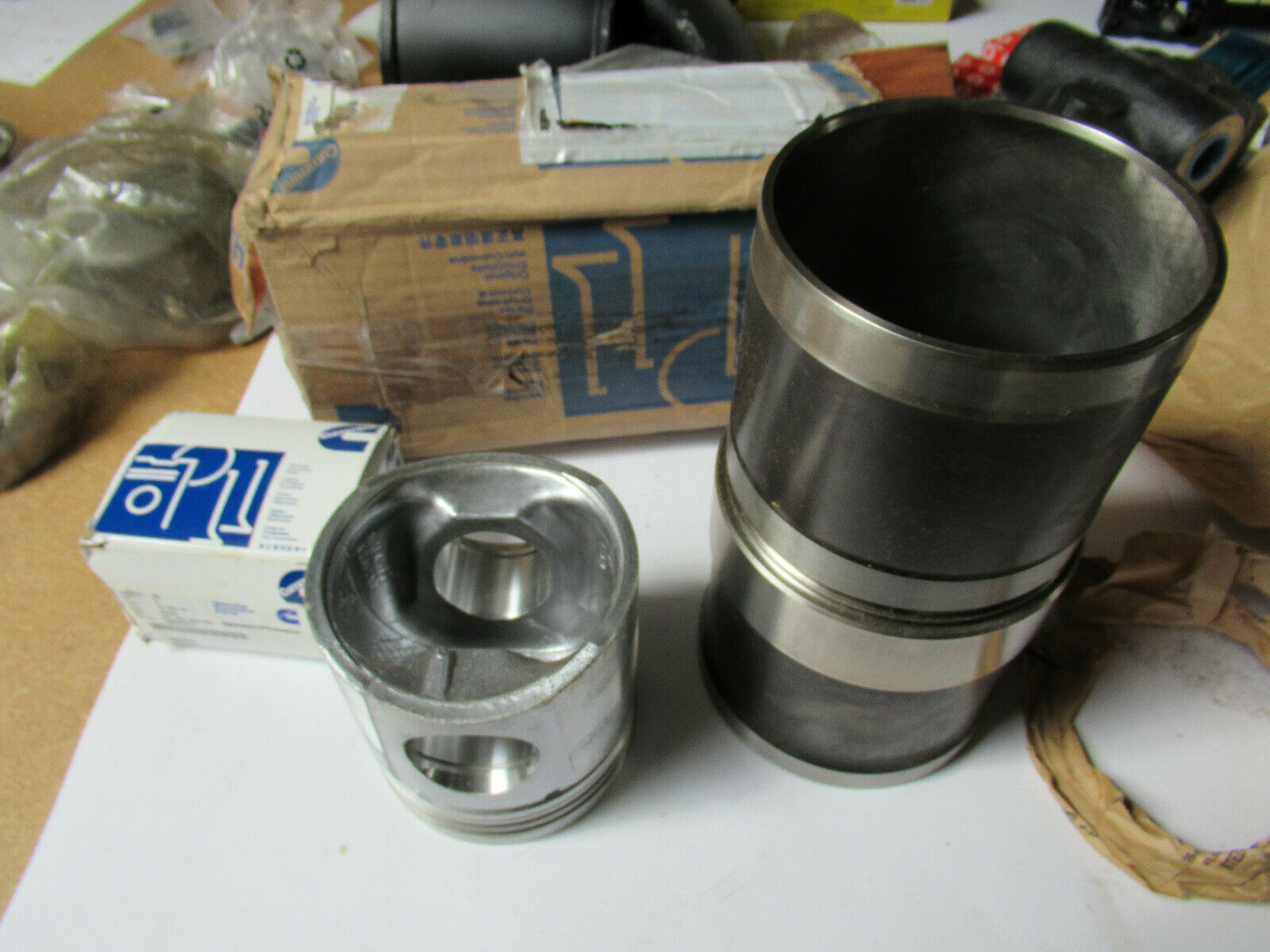 Cummins 3802400 Cylinder Liner Kit New Genuine OEM