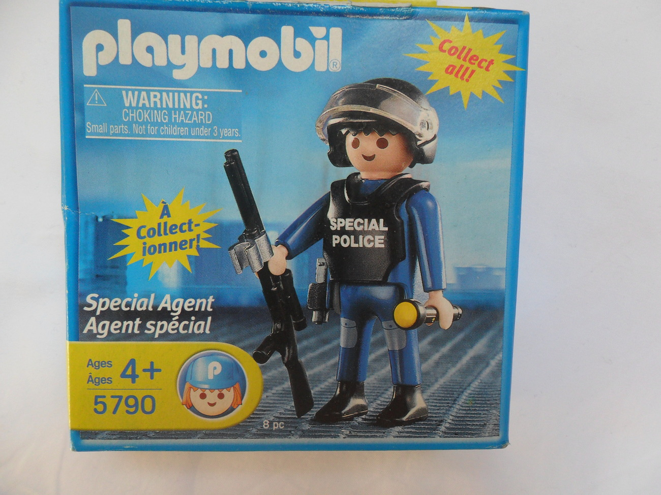 Primary image for PLAYMOBIL SPECIAL AGENT FIGURE #5790 UNOPENED BOX