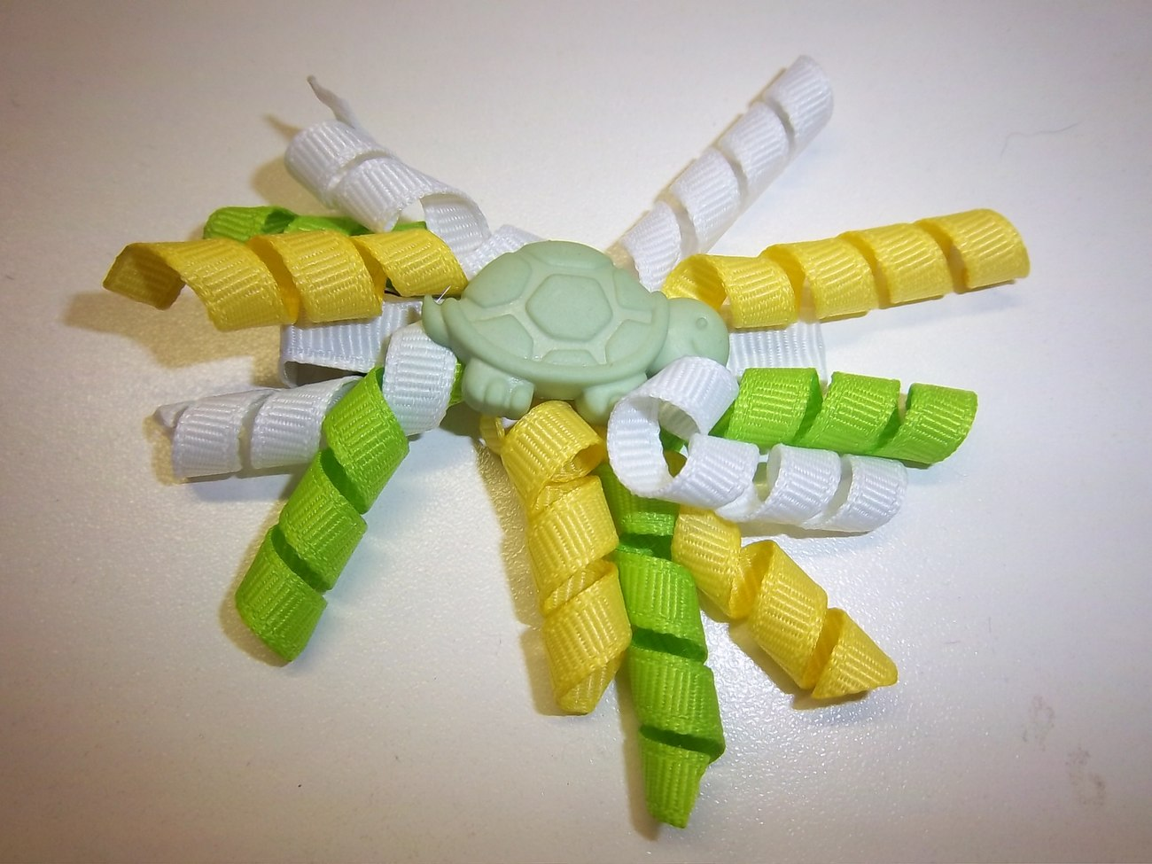 """Hair Bows - 2-1/4"""" Turtle Corker Bow"""