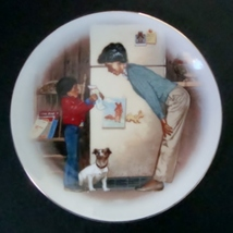 Avon Special Memories Creations of Love, Mother's Day 1985 Decorative Plate - $3.50