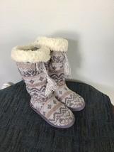 Women's Size 5/6 Tall Grommet Boots  Muk Luks - $45.00