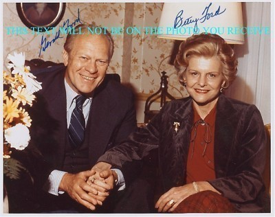 US PRESIDENT GERALD AND BETTY FORD AUTOGRAPHED 8x10 RP PHOTO