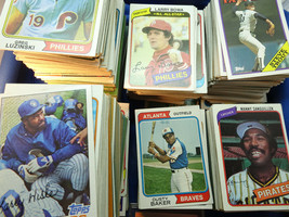 VINTAGE BOX OF MIXED TOPPS 1970'S AND EARLY 80'S MOSTLY BASEBALL CARDS - $175.00