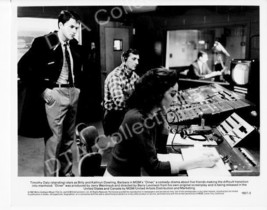 An item in the Entertainment Memorabilia category: DINER-1982-TIMOTHY DALY-KATHRYN DOWLING-8x10 STILL FN