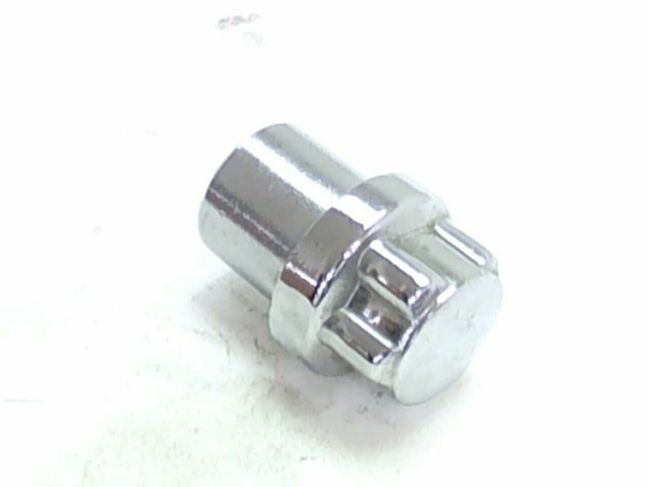 "Primary image for Wheel Lug Nut M12-1.50 Spline Mag 1-1/4"" Length Chrome Security Lock"