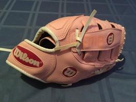 Girls WiIson glove Tee ball softball baseball pink 10 inch A150 Fits left hand  - $15.75