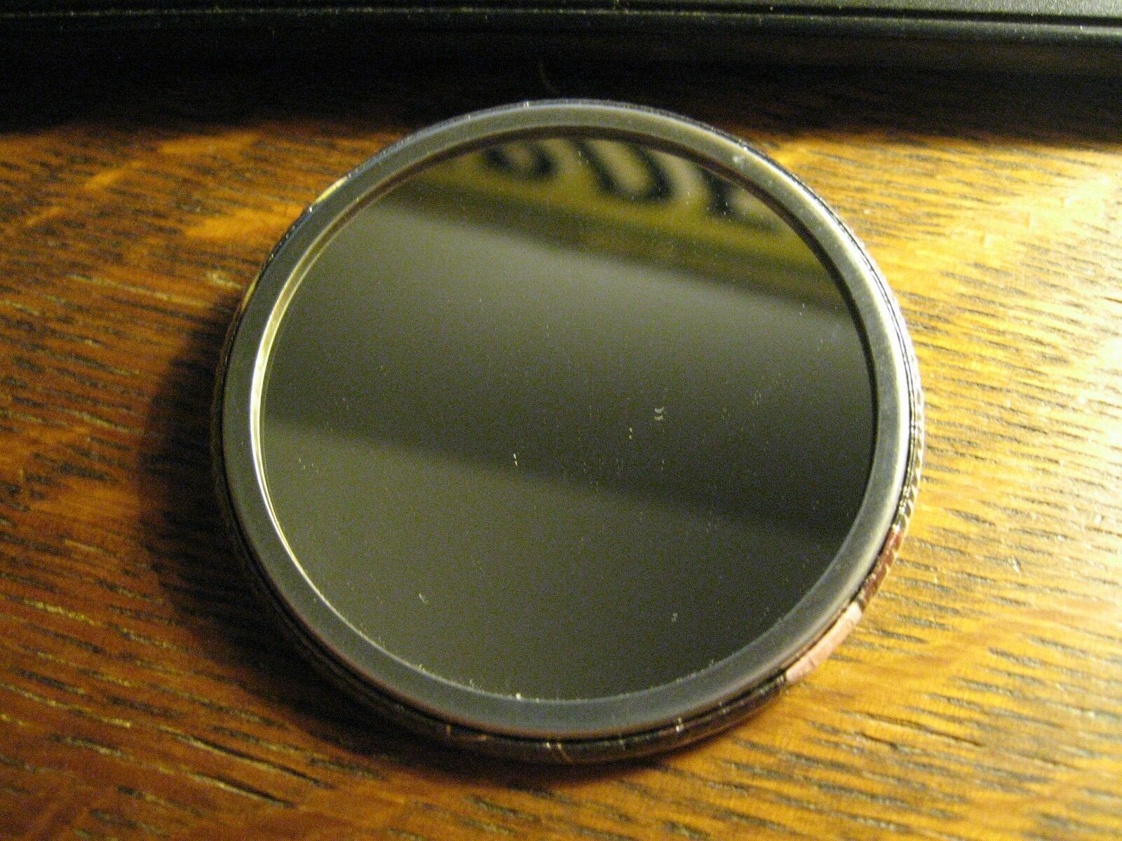Tom Ford Specchietto Tascabile - Repurposed Logo Design Rivista Campagna